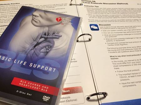 AHAガイドライン2015準拠BLSプロバイダーコース教材(DVDとインストラクターマニュアル)